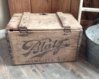 Vintage Blatz Beer Wooden Crate~Wood Crate~Advertising Wood Crate~Primitive Wood Crate~Vintage Storage Crate