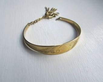 Unique Vintage Fringe Charm Bangle Bracelet