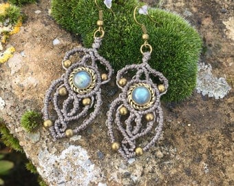 Macrame earrings labradorite with a bronze setting - color gray