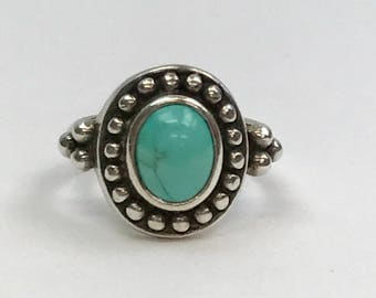 Sterling Silver Oval Turquoise Cabochon Ring With Silver Pebbles Size 8
