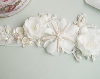 Shell Bridal Sash, Beach Wedding Sash, Bridal Sash, Ivory Belt, Starfish bridal sash, Wedding Dress, Beach Bridal Sash, Seashell sash