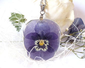 Pansy Necklace - Real Pansy Jewelry - Pressed Flower Necklaces - Floral Resin Jewelry - Pressed Flower Jewelry in Resin - Nature Inspired