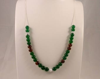 Ethnic, feminine and elegant long necklace