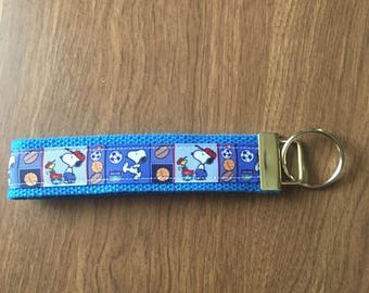 Snoopy Key Chain Zipper Pull Wristlet