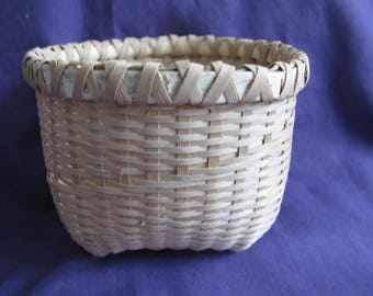 black ash cat head basket