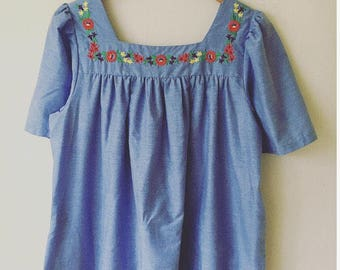 1970s Lightweight Embroidered Dress / Tunic