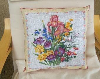 "Cushion decorative ""Flower"" pattern"