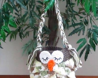 Crocheted Small Owl Purse