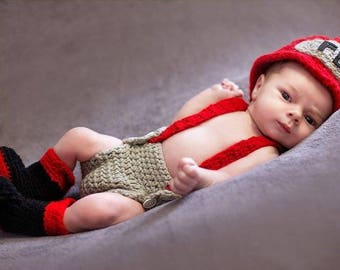 Crochet Firefighter Outfit / Photo Prop, Perfect for Baby's First Pictures or Halloween