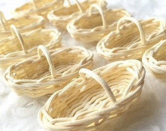 On Sale15% Miniatuer Ranttan Basket,Miniature Basket,Dollhouse Basket,Miniature Bamboo Basket,Miniature Wicker Basket,Miniature Basket