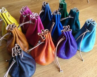Leather pouch (dice or spare change or ...)
