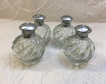 Irice Salt & Pepper Shakers, Clear Swirl Spiral Glass, Silver Tone Screw on Tops, Set of 4, Irice Glass Shakers