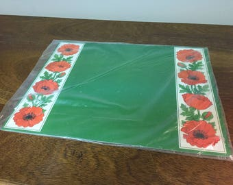 Six Red Poppy Flowers Hallmark Green Plastic Placemats in Original Packaging - New Old Stock