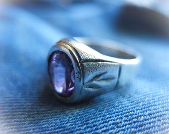 Retro Signet Ring, Man Signet, Silver Ring, Purple Ring, Purple Glow, Mojo Ring, Gift 4 Him, Retro Ring, Statement Ring, Mystic Purple