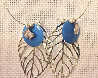 Maxi blue hoops and silver filigree leaves