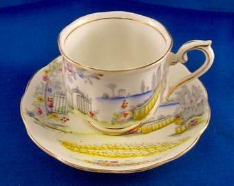 Royal Albert Rosedale Bone China Tea Cup & Saucer - England - #7224 - Gold Trim
