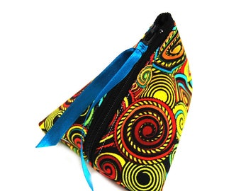 "Gift-wrapped in imitation and ""South wind"" fabric purse"