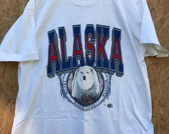 Vintage 90's Alaska Shirt Size XL by Fruit of The Loom