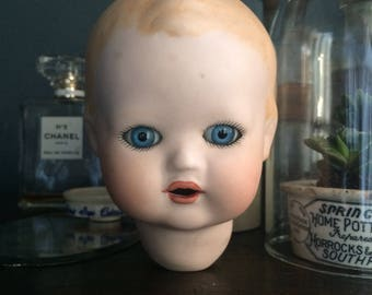 Vintage bisque dolls head, vintage dolls head, old doll, dolls, vintage doll, figurines, children. Old toys, bisque dolls head, doll parts,
