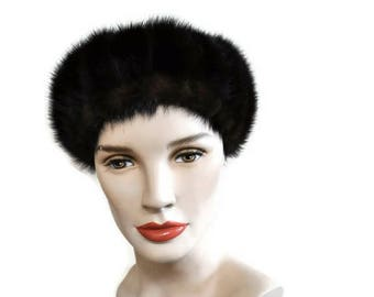 Vintage Fur Beret // Brown Mink Fur Cap // Dark Brown Winter Hat // Fur Pill Box Hat