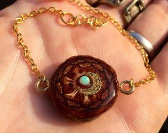 ETHIOPIAN OPAL MOON~Pinecone Bracelet