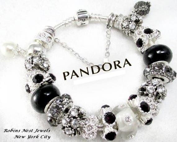 Pandora Origine Nom | The Art of Mike Mignola
