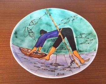 Delightfully vibrant Sila Fisherman hand painted art dish 1950/60's Italy