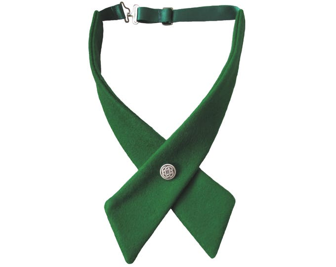 Pure Wool Felt Green Celtic Crossover Bow Tie