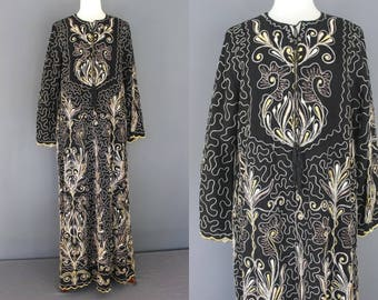 70's Embroidered Black And Gold Middle Eastern Robe Hippie Boho Maxi Dress