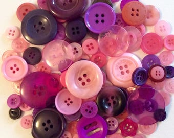 Mix of 100 buttons of various sizes (Ref.170216.3)