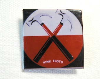 Vintage Early 80s Pink Floyd - The Wall / Hammers Logo -  Pin / Button / Badge