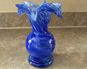 Smith's Old Timer Glass Co. Pretty Blue and White Swirled Mold Blown Glass Vase with Floriform Rim.