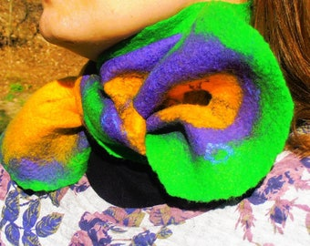 "Felted scarf ""color burst"""