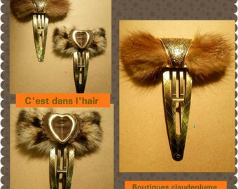 2 slits Golden fur accessories