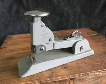 Vintage Swingline stapler, No. 13