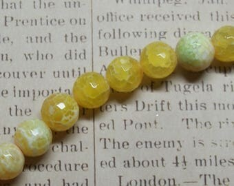 2 cracked agate and 14mm faceted beads