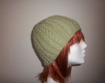 Hat woman wool and alpaca stitch cables (pistachio green)