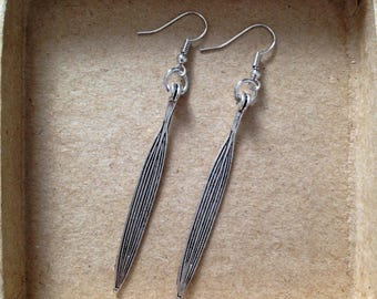 Earrings long silver spikes