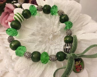 Bracelet romantic Japanese doll green beads