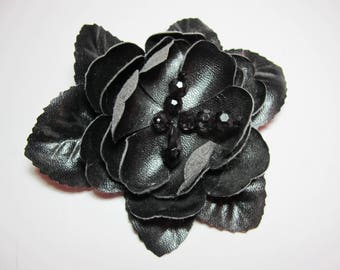 FLOWER BROOCH BLACK SATIN AND PEARL MOUNTED ON SAFETY PIN