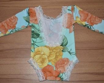 Baby Girl Romper, Floral Romper, Newborn Girl Outfit, Newborn Romper, Newborn Girl Photography Prop, Newborn Photo Prop