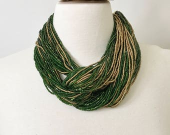 Gorgeous Vintage Green & Gold Glass Seeded Beads Torsade Large Necklace