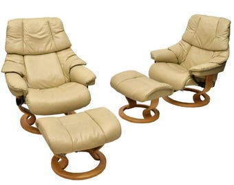 pair of ekornes stressless chairs recliners u0026 ottomans medium reno model beige color paloma