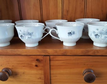 Vintage Bareuther Waldsassen Bavarian China with Gray Flowers, Eight Teacups in Perfect Condition. Other pieces available.