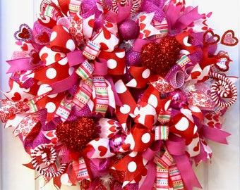 Valentine Wreath, Valentine Wreaths for front door, Valentine's Day Wreath, Deco Mesh Valentine Wreath, Heart Wreath, Valentine Decor, gift