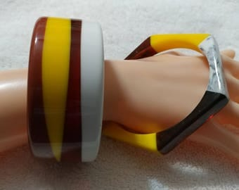 SALE 2 pc, Brown,Yellow and White Striped Lucite Bangle Bracelets.