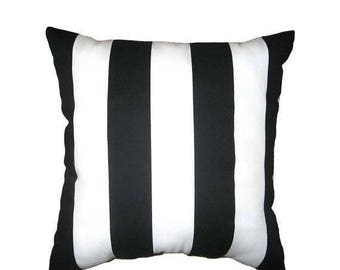 SALE 20% SALE Black stripe Outdoor Pillow Cover // Many Sizes // Outdoor Chair Cushion Cover // Black White Pillow // Black Striped Pillow /