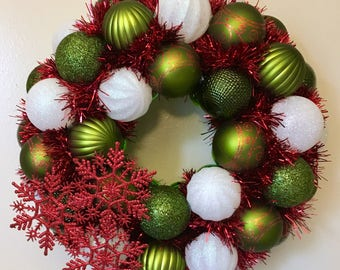 Retro Holiday Ornament Wreath