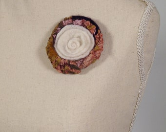 Felted Brooch, Vintage Felted Flower, White and Brown Flower, NunoFelted, Unique Silk Accessory