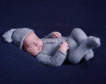 Onesie Romper newborn   Newborn Photography  Props